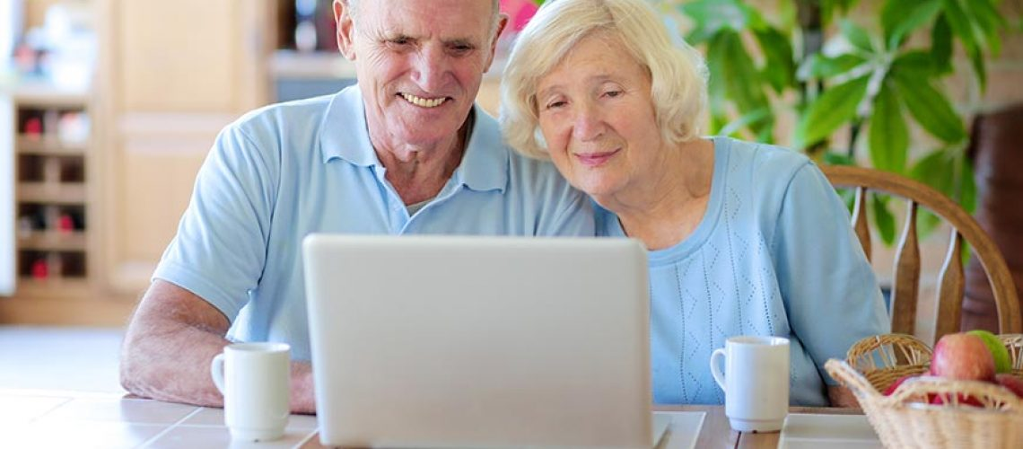 older-couple-on-computer